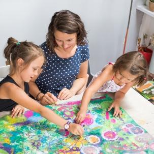 online ateliér tvoření pro rodiče s dětmi lektorka radka rubešová pro děti od 2 do 8 let