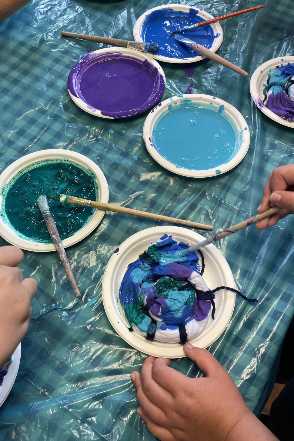 barvy na textil malování na textil webinář 5 výtvarných technik a 10 tipů jak malovat nejen na triko s lektorkou arteterapie radkou rubešovou